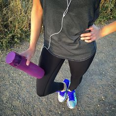Morning sunrise run with the Hidrate anyone? #morning #run #running #workout #exercise #outdoors #sunrise #lift #gym #gainz #yogapants #Hidrate #HidrateApp #SmartWaterBottle #WaterBottle #water #hydration #purple #gottahaveit #wishlist #health #wellness #yoga #fitness #fitnessaddict #fitspo #getfit by hidrate_me #startups #tech #gadgets #apps #startuplife #ListHunt