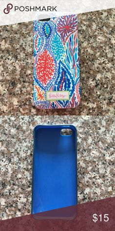 Lilly Pulitzer 5/5s Phone Case Phone case is in awesome condition! I just don't have any use for it because I got a new phone  Lilly Pulitzer Accessories Phone Cases