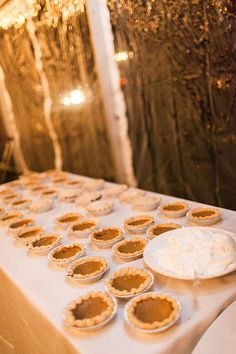 Mini homemade pies | @stephanielyell | Brides.com