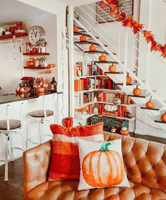 home is your favorite place to be do yall decorate for Halloween? - Noelle's Favorite Things -When home is your favorite place to be do yall decorate for Halloween? Halloween Room Decor, Soirée Halloween, Halloween Movies, Fall Bedroom Decor, Fall Home Decor, Fall Living Room, Autumn Cozy, Autumn Fall, My New Room