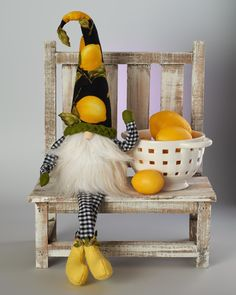 Gallery of Gnomes Diy Craft Projects, Diy And Crafts, Craft Ideas, Sewing Projects, Holiday Themes, Holiday Crafts, Gnomes For Sale, Lemon Crafts, Christmas Gnome