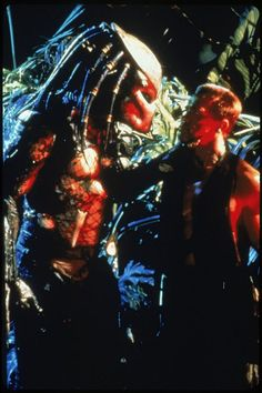 Still of Arnold Schwarzenegger and Kevin Peter Hall in Predator (1987)