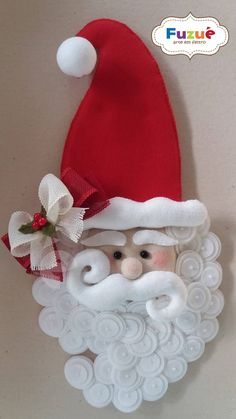 TUTORIAL for Santa Claus wreath, DIY craft projects Christmas Holiday Wreath easy tutorial large wreath, ChantybyChanty - AmigurumiHouse Christmas Wreaths With Lights, Beautiful Christmas Decorations, Felt Christmas Decorations, Felt Christmas Ornaments, Holiday Wreaths, Christmas Stockings, Christmas Holidays, Christmas Leggings, Christmas Quotes