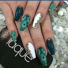 #Peacock #NailArt ♡ ☆laquenailbar's photo on Instagram