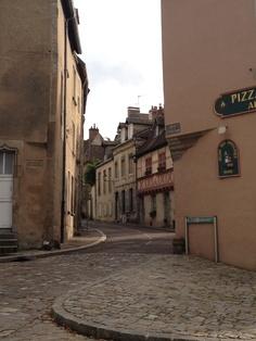 Autun, ville bourguignonne