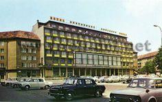 Bratislava v obrazoch Bratislava, Old Photos, Multi Story Building, Daughter, Street View, Old Pictures, Vintage Photos, My Daughter, Daughters