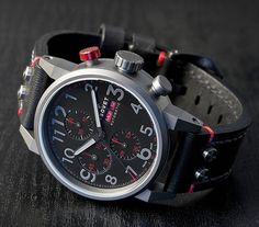 TSOVET SVT-GR44 is a limited edition mechanical watch powered by the Valjoux 7750 movement. For your reference, that's like the Porsche of watch movements. No, seriously.