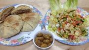 Serve it hot with a vegetable salad Egyptian Bread, Egyptian Food, Heritage Recipe, Spiced Beef, Arabic Food, Vegetable Salad, Stuffed Green Peppers, Lunch, Snacks