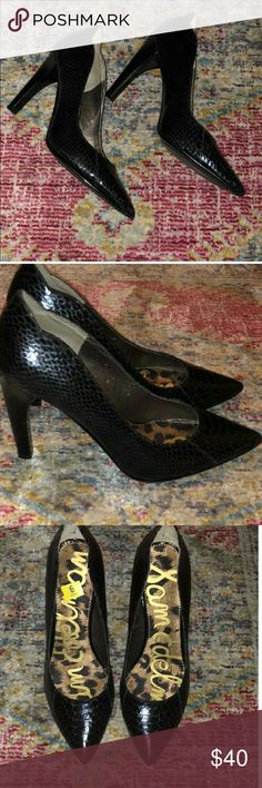 "Sam Edelman black faux snakeskin leather heels Beautiful Sam Edelman faux snakeskin leather 3"" heels. Scalloped around edge near heels. Mint condition. Smoke free/pet free home. No trades. I  only deal through Poshmark. Sam Edelman Shoes Heels"