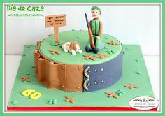 Tarta personalizada fondant cumpleaños Tarta fondant cumpleaños caza Tarta fondant mallorca Atelier de Tartas Tarta decorada mallorca