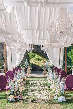 A Magical Elopement In Tuscany ~ WedLuxe Magazine Wedding News, Wedding Music, Wedding Stuff, Got Married, Getting Married, Luxury Wedding, Destination Wedding, Wedding Isle Decorations, Wedding Isles