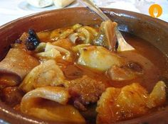 Callos description and photos Meat Recipes, Mexican Food Recipes, Cooking Recipes, Healthy Recipes, Ethnic Recipes, Best Spanish Food, Spanish Dishes, Exotic Food, Portuguese Recipes