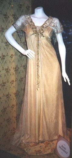"Kate Winslet's ""breakfast dress"" on the Titanic Costume Tour"