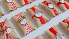 #AdventCalendar #calendarioAvvento #Christmasdecorations