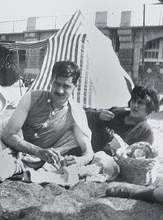Gabríélle 'Coco' Chanel and the love of her life, Captain Arthur Edward 'Boy' Capel, in Sâínt-Jéan-dé-Lûz, Apríl 1917