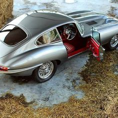 E type Jaguar Jaguar E Type, Jaguar Cars, Automobile, British Sports Cars, Best Classic Cars, Sexy Cars, Sport Cars, Race Cars, Exotic Cars