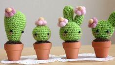 Amigurumi Cactus : Mini cactus free amigurumi pattern