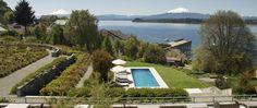 El Hotel ofrece un servicio cálido y acogedor propio de la Patagonia, invitando a sus huéspedes a vivir una experiencia de sensaciones únicas!