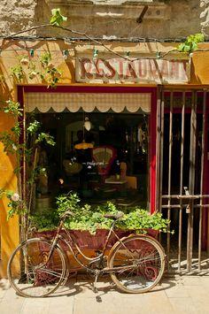 Saint Rémy, Provence, France   Flickr - Photo Sharing!