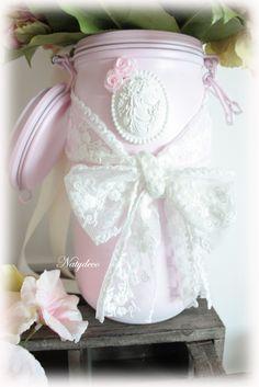 Création chez NATYDECO bocal de décoration peint et relooké de dentelle en vente sur mon www.natydecocorse...