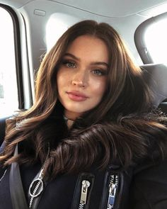 Discovered by In my moods. Find images and videos about girl, makeup and brunette on We Heart It - the app to get lost in what you love. Brunette Models, Brunette Hair, Brunette Woman, Beauty Makeup, Hair Beauty, Makeup Style, Face Makeup, Pretty Face, Hair Inspo
