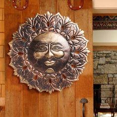 Evergreen Enterprises, Inc Sun Face Wall Décor
