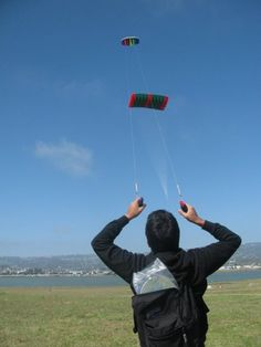 two-handed kites