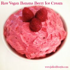 http://www.julieslifestyle.com/raw-vegan-banana-berry-ice-cream/ Do You Want to Have Ice Cream Every Day Without Gaining Weight? Try This Low Fat Raw Vegan Banana Berry Ice Cream Recipe. It only takes about 5 minutes to prepare & you don't even need a fancy ice cream machine!