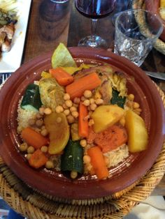 Travels to Arles, playing Cannes, and a turkish Hammam experience. Read all about it, and some new food yummies here!