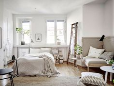 60 cool studio apartment with scandinavian style ideas on a budget (26)