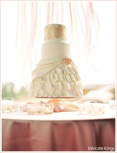 Ballet-inspired cake by Intricate Icings