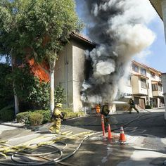 FEATURED POST  @losangelesfiredepartment -  #LAFD Firefighters battled a 2 story townhouse fire in Tujunga. Their aggressive firefighting saved the adjoining unit from damage. Three people were transported with minor burn injuries. :David Gardner 10.8.16 . CHECK OUT! http://ift.tt/2aftxS9 . Facebook- chiefmiller1 Snapchat- chief_miller Periscope -chief_miller Tumbr- chief-miller Twitter - chief_miller YouTube- chief miller  Use #chiefmiller in your post! .  #firetruck #firedepartment…