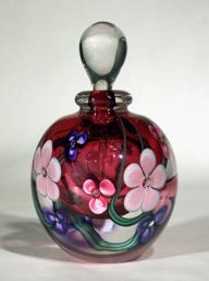Hand blown art glass perfume bottle by Roger Gandelman at gandelmanglass.com