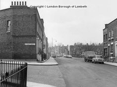 1967 : Walcot Square seen from junction with St. Old London, Roads, Old Photos, Places, Old Pictures, Road Routes, Vintage Photos, Street, Lugares
