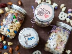 Mason Jar Trail Mix Graduation Party Favors. Customize the mason jars with trail mix package inside depending on the types of guests for a tasty flavor. http://hative.com/graduation-party-ideas/