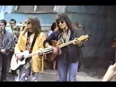 Jon Bon Jovi & Richie Sambora - Street Live in Moscow 1989