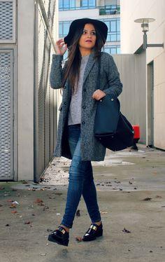 Sheinside coat, hat and Zara moccasins
