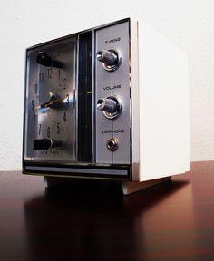 Mid-Century Elgin Alarm Clock Radio