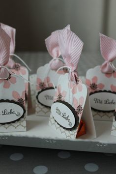 Packaging-Ferrero Kisses - Basteln mit Stampin Up! Diy Wedding Gifts, Diy Gifts, Handmade Gifts, Stampin Up, Gift Wraping, Paper Gifts, Thank You Gifts, Little Gifts, Craft Fairs