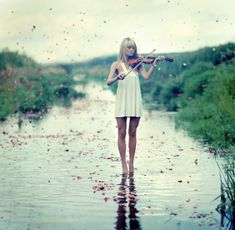 i play the violin... i wouldn't mind a shot like this..