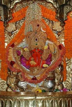 Siddhivinayak ganapati Bhagwan Shiv, Ganesh Bhagwan, Ganesh Jayanti, Kali Shiva, Ganesh Images, Shree Ganesh, Lord Ganesha, African Jewelry, Indian Gods