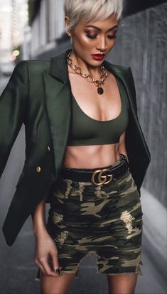 Fashion Look 2017 News Fashion, Fashion Models, Fashion Online, Fashion Trends, Fashion Stores, Trendy Outfits, Cool Outfits, Fashion Outfits, Womens Fashion