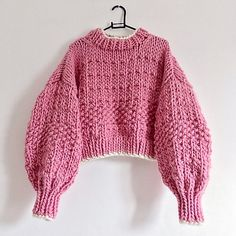Crochet Clothes, Diy Clothes, Wooly Jumper, Chunky Knit Jumper, Moda Emo, Knit Fashion, Fashion Wear, Knitting For Beginners, Knitting Designs