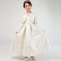 28.33$  Buy here - http://alie63.shopchina.info/go.php?t=32800381747 - Maggie's Walker Girls Wedding Party Dress with Shawl 2017 Noble Design Flower Gowns Children Teenage Flower Formal Infant Dress 28.33$ #buymethat