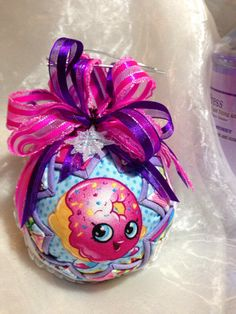 Your tiny tots are going to be thrilled with these Shopkins Christmas ornaments! If they love Shopkins, you want to look at these! Unique Christmas Decorations, Holiday Decor, Shopkins Game, Quilted Ornaments, Gift List, Christmas Bulbs, Posts, Make It Yourself, Free Shipping