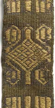 Anglo Saxon Clothing, Tablet Weaving Patterns, Card Weaving, Grand Palais, Iron Age, Egyptian, Vikings, Loom, Medieval