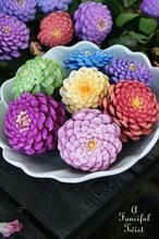 Let's Make Zinnia Flowers from Pine Cones! (A Fanciful Twist) Let's Make Zinnia Flowers from Pine Cones! Pine Cone Art, Pine Cone Crafts, Pine Cones, Festival Diy, Diy Fest, Crafts To Make, Home Crafts, Diy Crafts, Flower Crafts