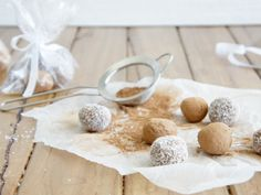 Easy Chocolate and Condensed Milk Truffles