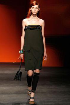 IDDDDDDD''''''Prada Spring 2014 RTW - Review - Fashion Week - Runway, Fashion Shows and Collections - Vogue