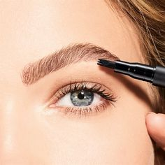 Uk Makeup, Love Makeup, Brow Pen, Brow Tattoo, Brow Artist, Natural Brows, Brow Powder, Brow Shaping, Perfect Brows